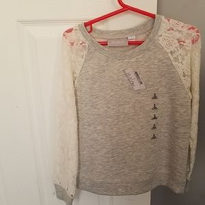 Girl long sleeve lace top.
